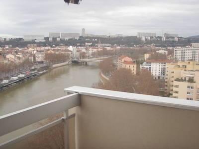Location appartement 3pi�ces 75m� Lyon - 920€