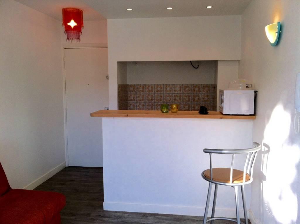location meubl e appartement 2 pi ces 33 m bordeaux 33 33 m 600 e de particulier. Black Bedroom Furniture Sets. Home Design Ideas