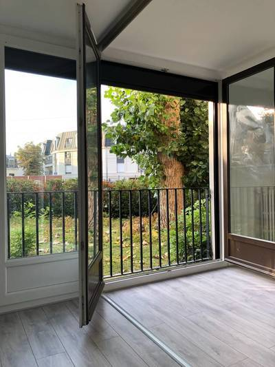 Courbevoie Asnieres-Sur-Seine
