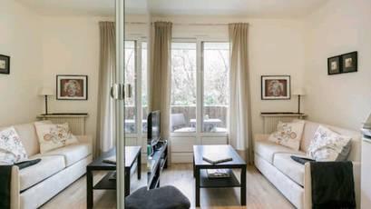 Location meublée studio 13m² Neuilly-Sur-Seine - 880€