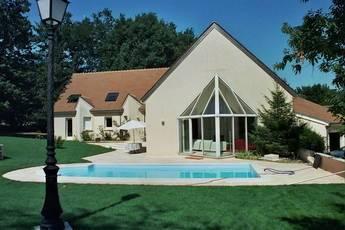 Vente maison 350m� Forges-Les-Bains - 820.000€