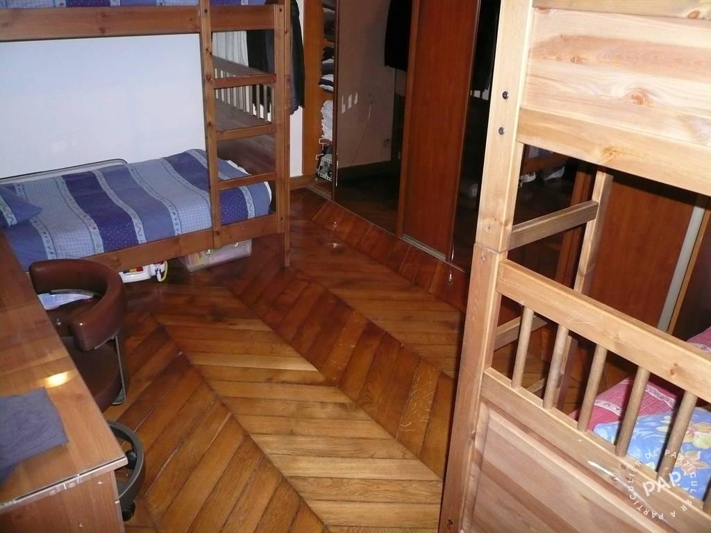 location meubl e appartement 3 pi ces 60 m paris 10e 60 m e de particulier. Black Bedroom Furniture Sets. Home Design Ideas