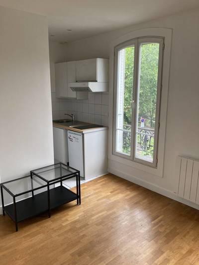 Location meublée studio 20m² Boulogne-Billancourt (92100) - 930€
