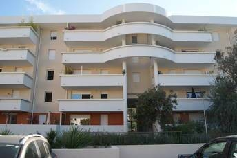 Location appartement 2pièces 47m² Marseille 8E - 790€