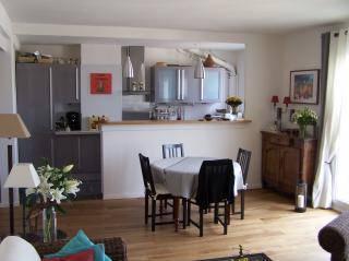 Location appartement 3pièces 73m² Paris 15E - 2.200€
