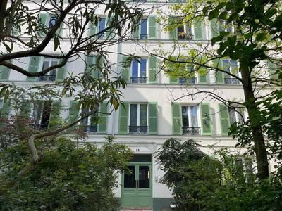 Location meublée appartement 21m² Paris 11E - 920€