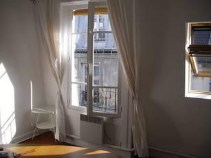 Location meublée appartement 2pièces 27m² Paris 9E - 1.150€