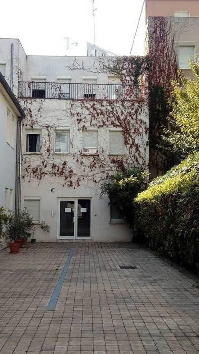 Location appartement 3pièces 79m² Paris 17E - 1.920€