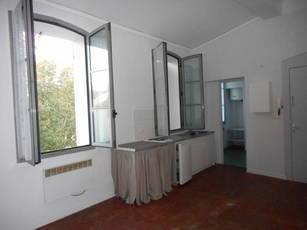Location studio 33m² Aix-En-Provence (13100) - 635€