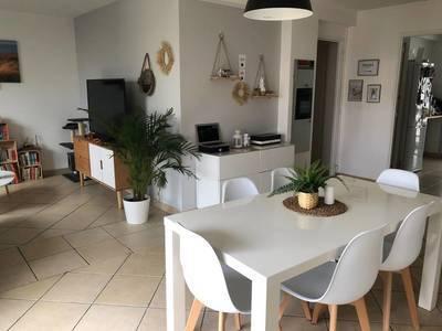 Location appartement 2pièces 54m² Marseille 8E - 750€