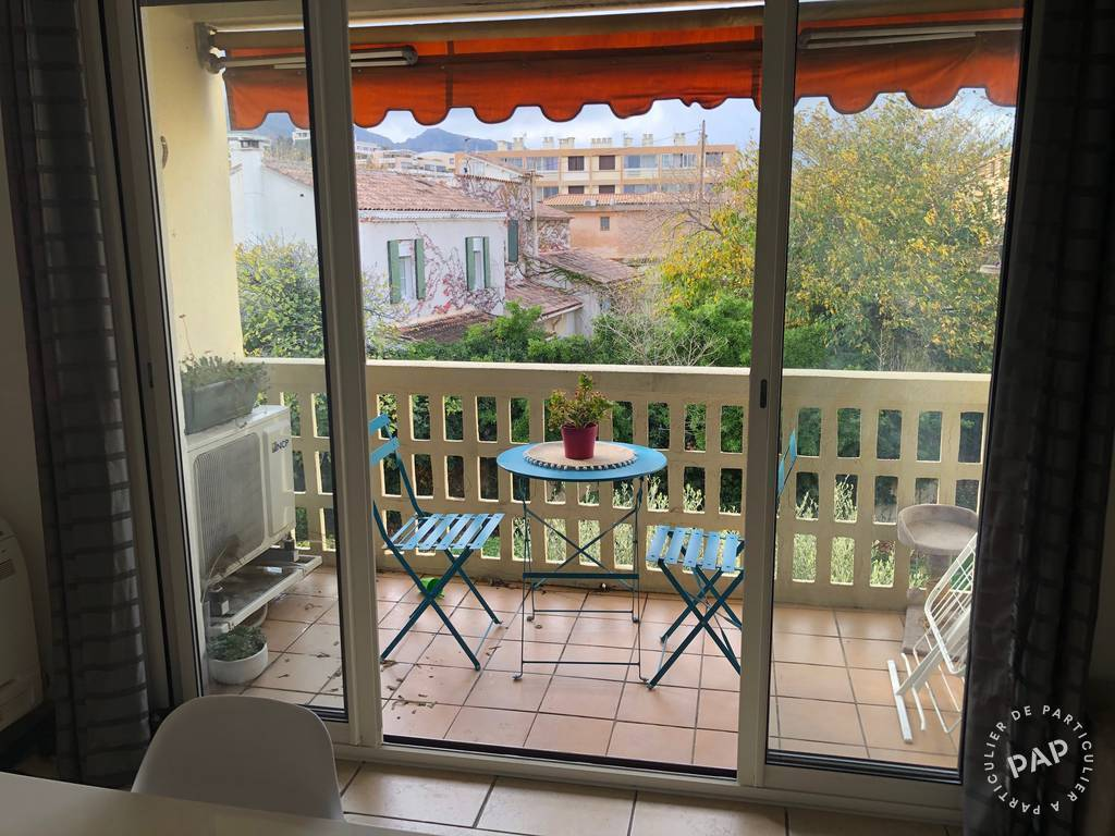 Location immobilier 830 € Marseille 8E