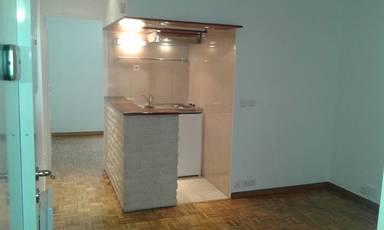 Location appartement 2pièces 29m² Paris 15E - 990€
