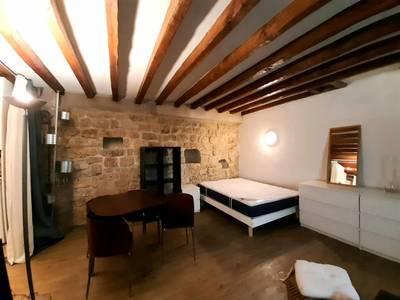 Location meublée studio 32m² Paris 3E - 1.100€