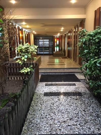 Location meublée studio 27m² Paris 20E - 998€
