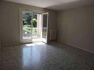 Location appartement 4pièces 100m² Saint-Etienne (42000) - 895€