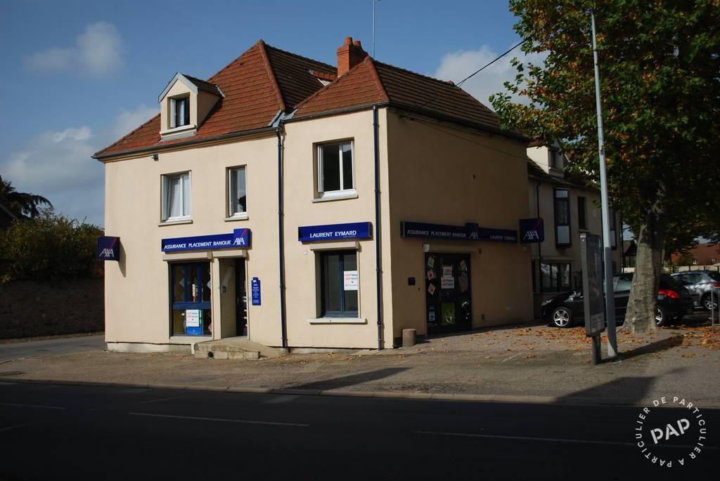Vente Immeuble Montmarault (03390)  342.000€
