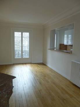 Location appartement 3pièces 70m² Paris 20E - 1.990€