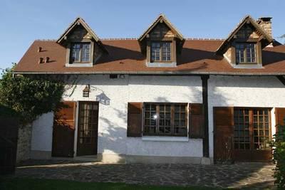 Location maison 180m² Les Loges-En-Josas (78350) - 2.440€