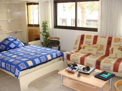 Location meubl�e chambre 36m� Antibes (06) - 750€