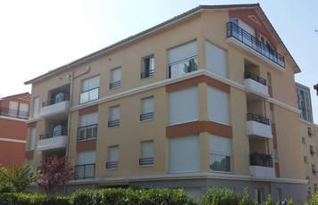 Location appartement 2pièces 45m² Saint-Genis-Laval - 660€