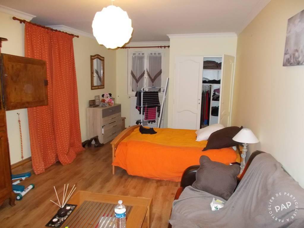 location meubl e studio 38 m annemasse 38 m 750. Black Bedroom Furniture Sets. Home Design Ideas