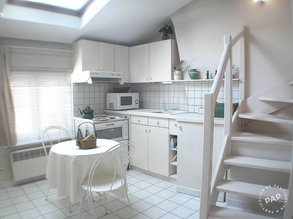 Location meublée studio 20 m² Lyon 2E 20 m² 690 E De