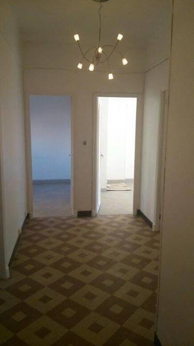 Location appartement 3pièces 80m² Marseille 4E - 780€