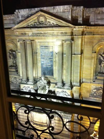 Location meublée appartement 3pièces 48m² Paris 7E - 2.300€