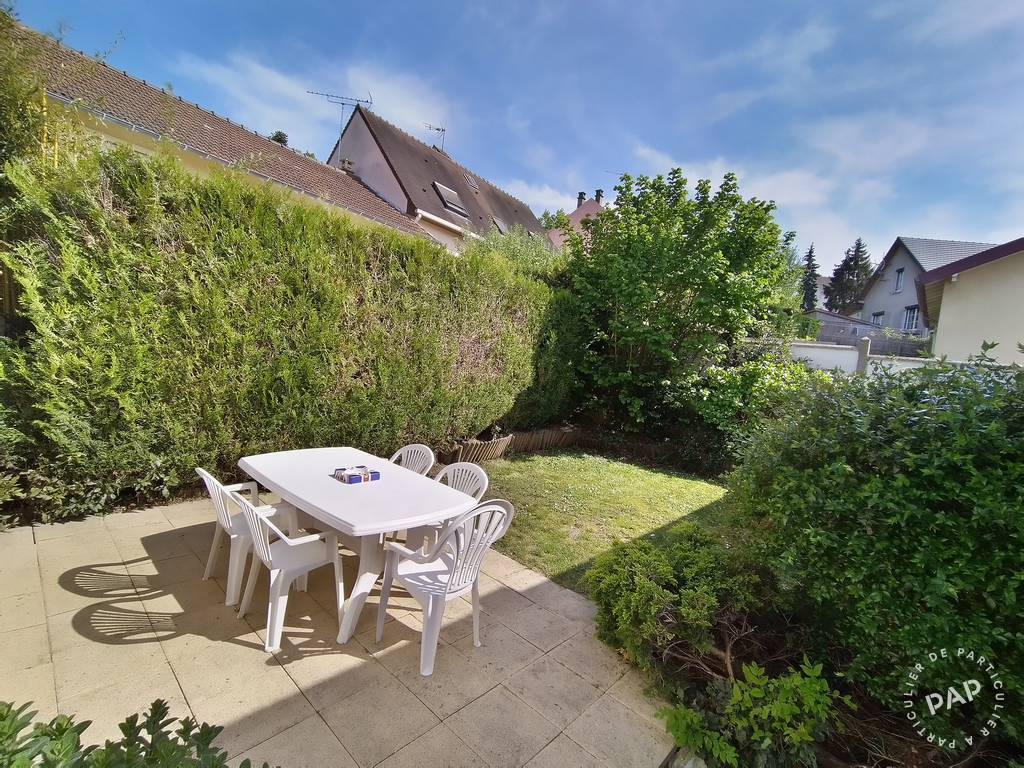 Appartement 890€ 43m² Saclay (91400)