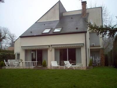Vente maison 300m² Vaucresson (92420) - 1.990.000€