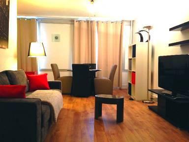 Location meublée chambre Asnieres-Sur-Seine (92600) - 590€