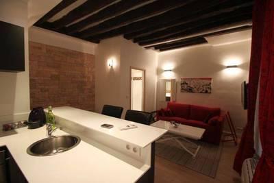 Location meublée studio 25m² Paris 3E - 1.190€