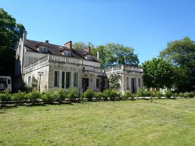 Vente maison 600m² Guignes - 1.390.000€