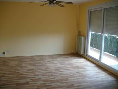Location appartement 4 pi�ces 70 m� Toulon (83) - 800 €