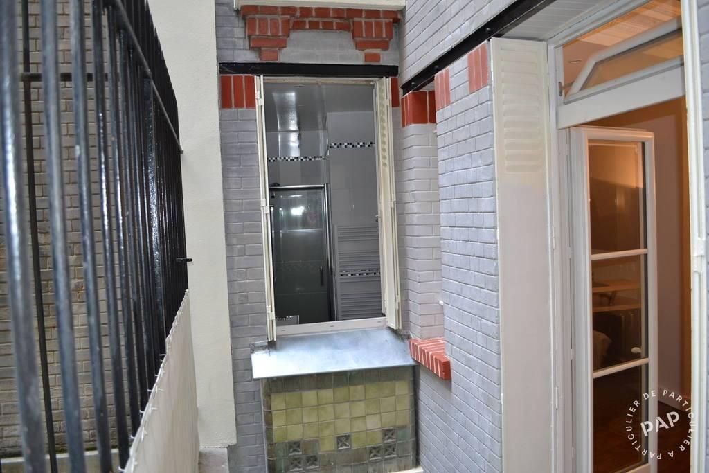 Location studio 23 m paris 18e 23 m 840 de for Location appart meuble paris