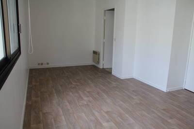 Location studio 28m² Paris - 1.100€