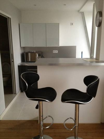 Location meubl�e studio 25 m� Paris 6E - 1.280 €