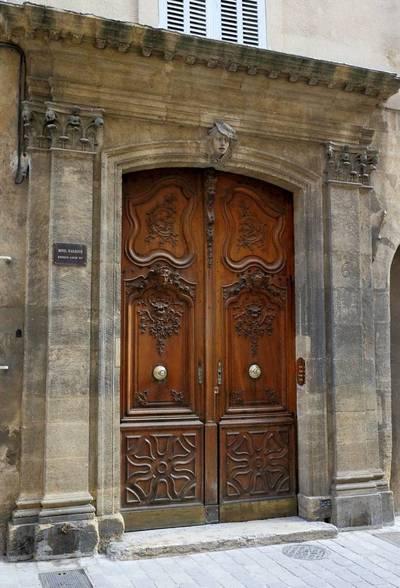 Location appartement 2pièces 65m² Aix-En-Provence Centre (13) La Barque