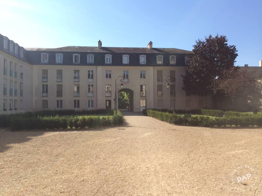 Location meubl e studio 22 m saint germain en laye 78100 for Adresse piscine saint germain en laye