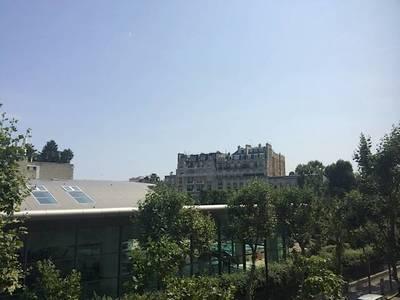 Location studio 27m² Neuilly-Sur-Seine (92200) - 965€