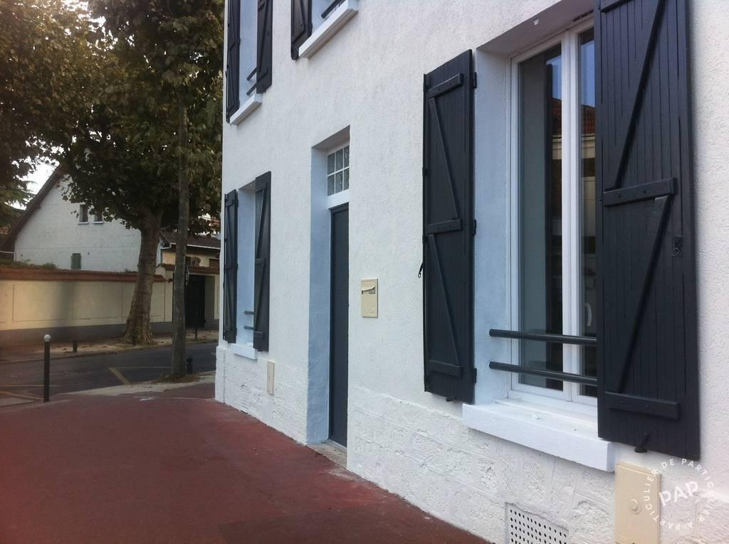 location meubl e appartement 2 pi ces 34 m saint maur des fosses 34 m 910 e de. Black Bedroom Furniture Sets. Home Design Ideas