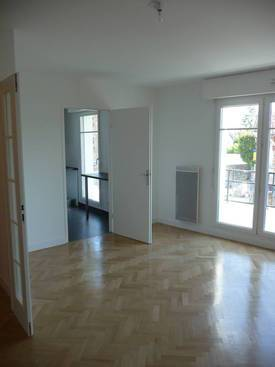 Location appartement 3 pièces 71 m² Le Chesnay (78150) - 1.524 €