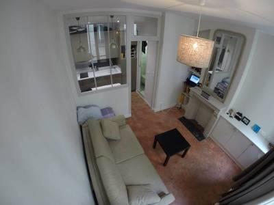 Location meublée studio 18m² Paris 3E - 950€