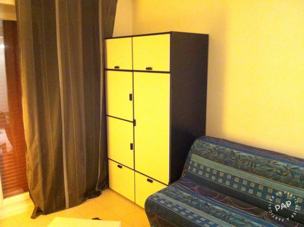 location meubl e studio 15 m bourg la reine 92340 15 m 590 e de particulier. Black Bedroom Furniture Sets. Home Design Ideas