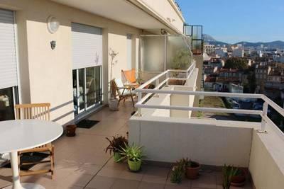 Location appartement 2pièces 56m² Marseille 8E - 955€