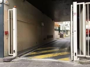 Location garage, parking Paris 18E - 140€