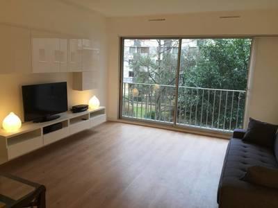 Location meubl�e studio 33m� Paris 12E - 1.179€