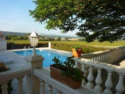 Vente maison 200m² Vinon-Sur-Verdon (83560) - 440.000€