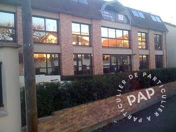 Vente et location Bureaux, local professionnel Fontenay Sous Bois 25m² 395€