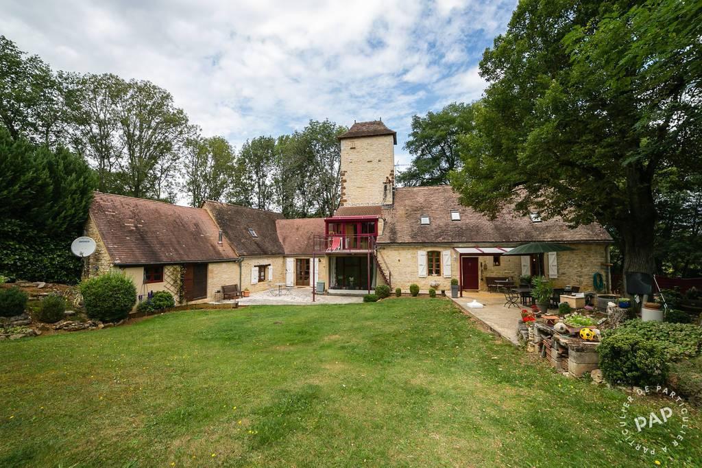 Vente Maison 25 Km De Sarlat, 7 Km De Gourdon 180m² 376.000€